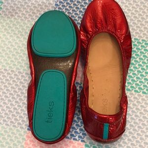 Tieks size 7. Great condition. Shiny deep red